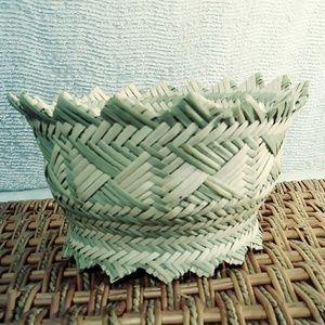 🌻Straw Basket or Bowl🌻